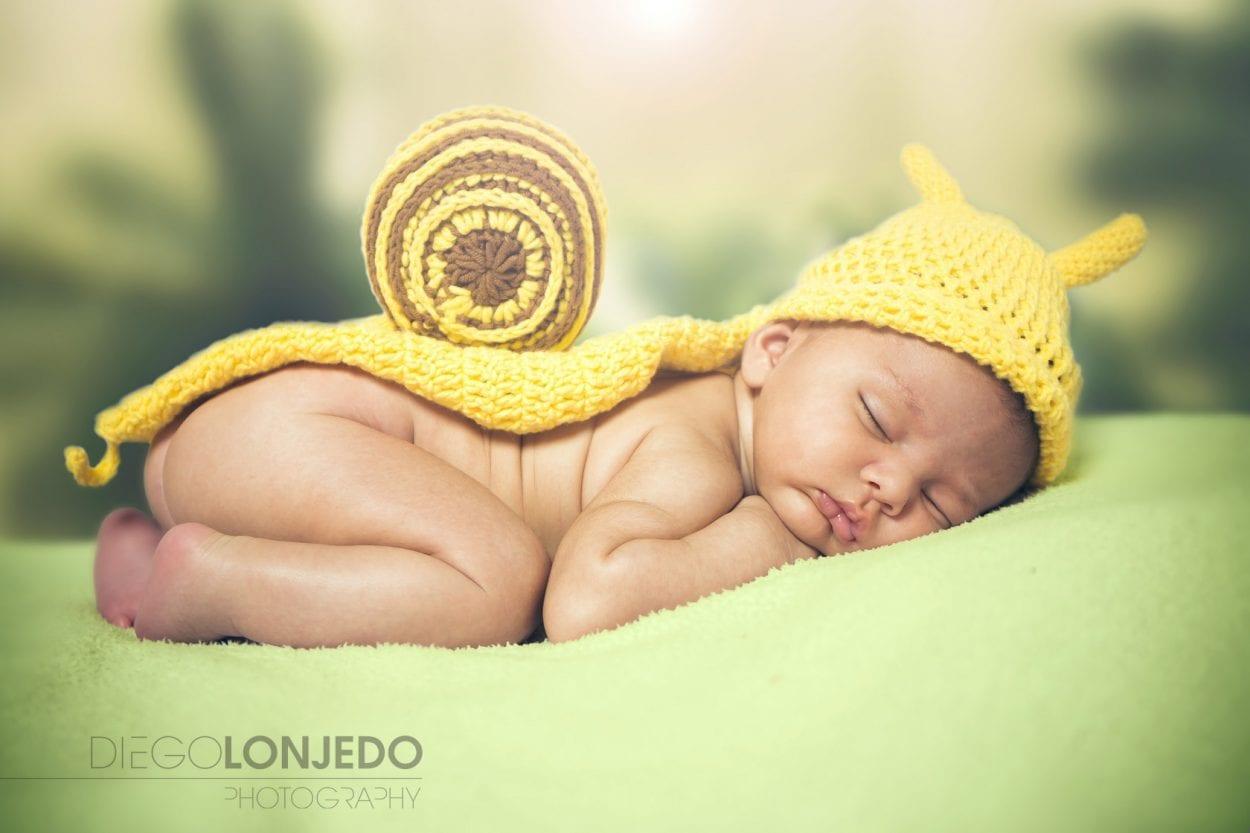 Fotografía de retrato a bebé en estudio