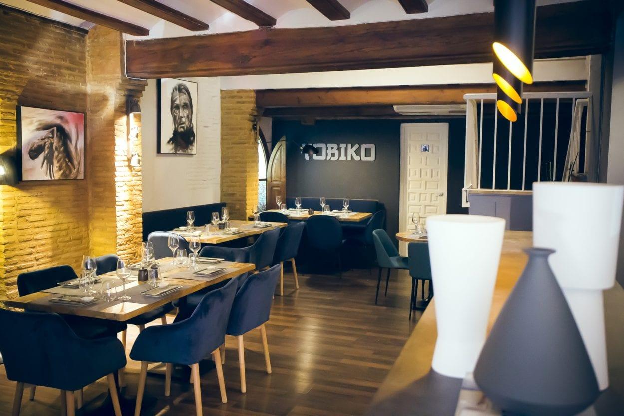Fotografía interiorismo restaurante Tobiko Valencia