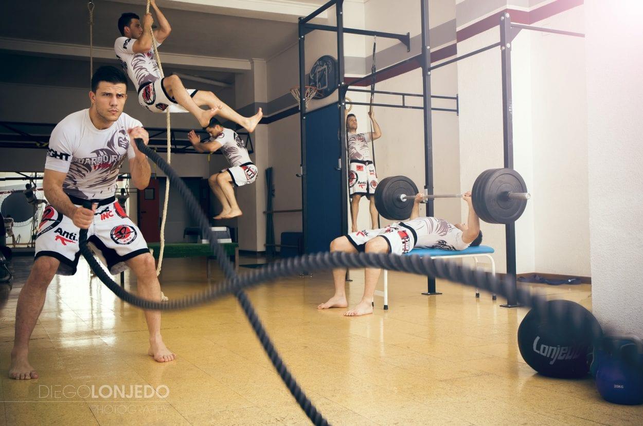 Fotografía montaje entrenamiento en crossfit