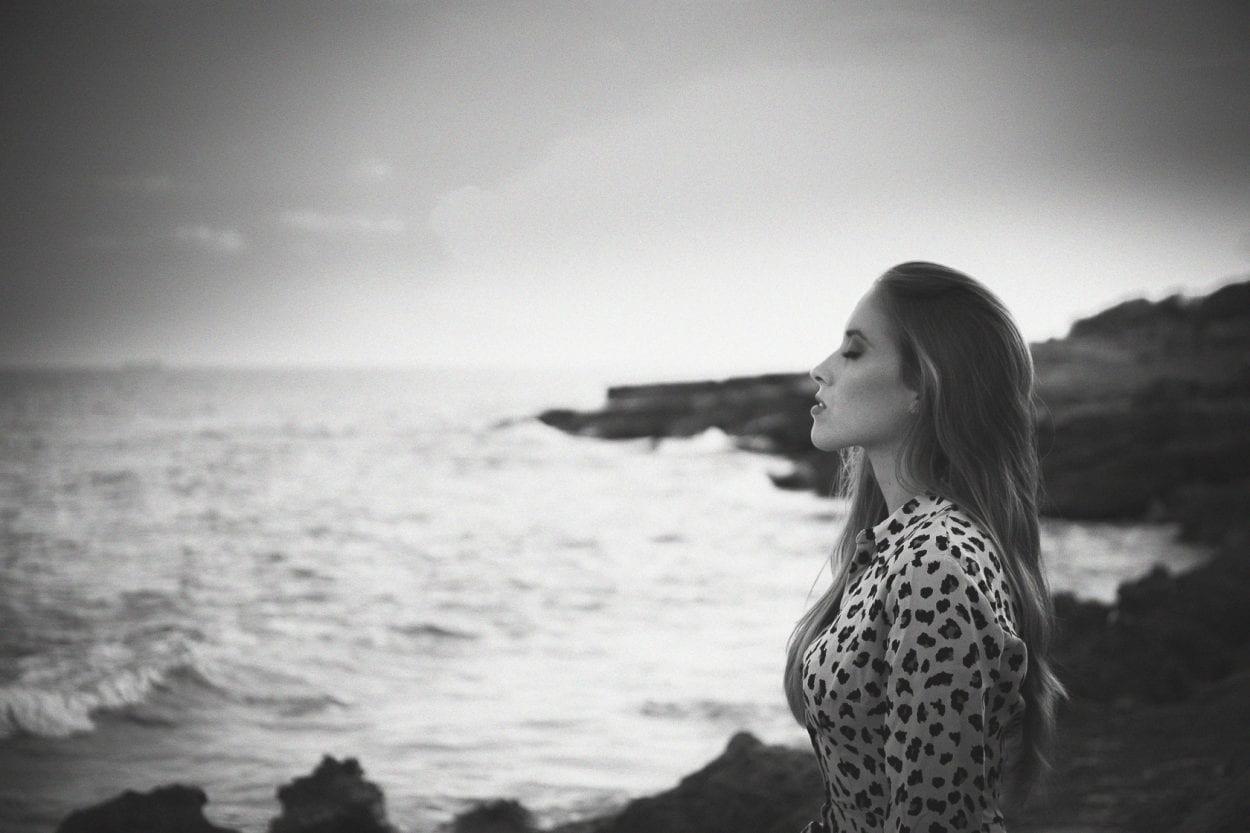 Fotografías de retrato a Yaiza en la Renegá